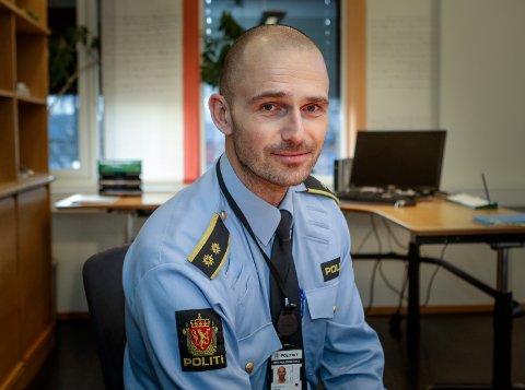 GÅRDSTYVERIER: Krimsjef Daniel Holm ved Moss politistasjon opplyser om tre tyverier fra gårder i Rygge den siste tiden.