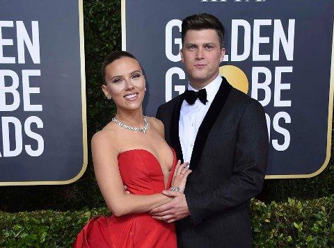 Ekteparet Scarlett Johansson og Colin Jost under Golden Globe-prisutdelingen i 2020.