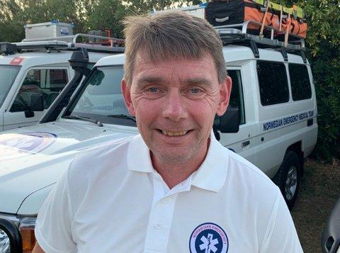 HEKTISK: Knut Sæbbe har snart jobbet tre uker i det norske innsatsteamet, og forteller at hjelpebehovet er enormt.