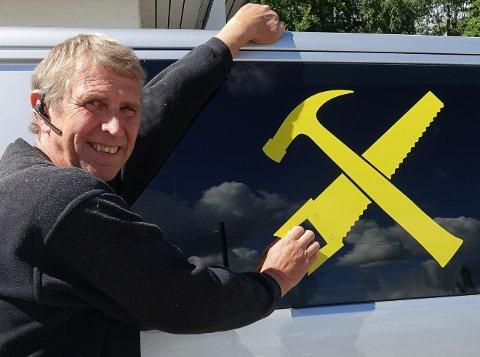 FULL FART: – Det har vært og er en svært god periode for oss nå, sier byggmester Kjell Arild Hegsvold på Braskereidfoss.