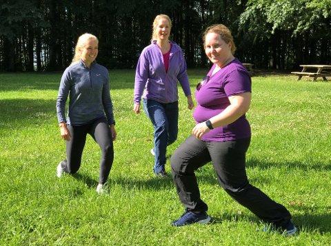 MESTRING: Wictoria Olsen (til høyre) har hatt god utbytte av Frisklivssentralens tilbud. Her er hun sammen med  fysioterapeutene Heidi Kirkhus (i midten) og Lene Haslestad.