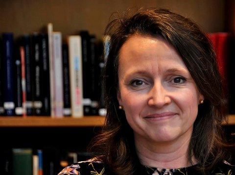 Snudd trenden: Utlånstallene ved Sarpsborg bibliotek er igjen økende, ifølge teamleder bibliotek, enhet kultur, Anette Kure.