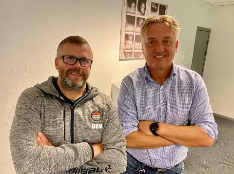 """Sjur Robert Nilsen (f.v) og Petter Kalnes i en ny episode av """"Nå prekær vi""""-podkast."""