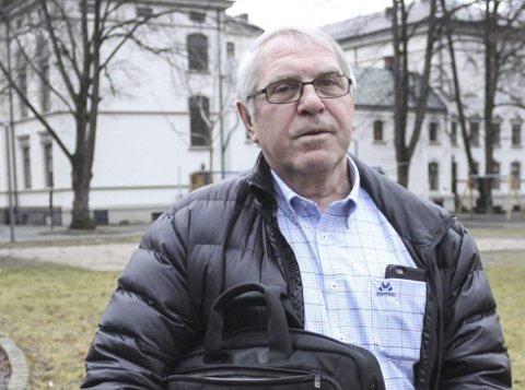 Lettet: Styreleder Odd Harald Olsen i Barnas Dag takker politikerne for støtten. foto: PD