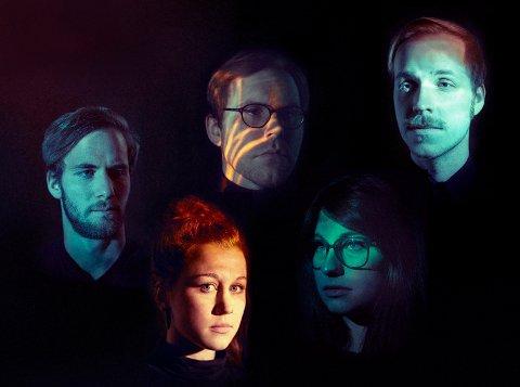 Einar Stray Orchestra gir ut sitt tredje album fredag 17. februar. Med på notene er Steinar Glas fra Kristiansund.
