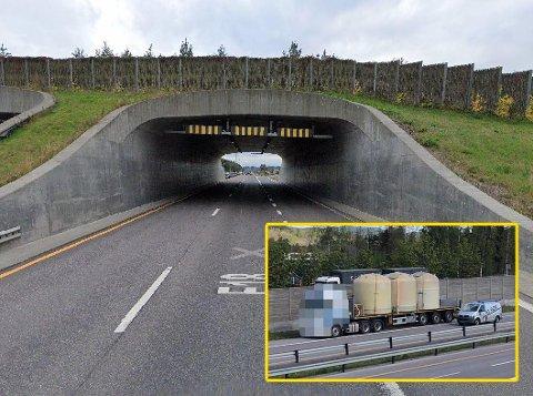 Sjåføren av denne semitraileren hadde altfor høy last da han dundret gjennom miljøtunnelen på E18 ved Ramsum tirsdag. Det fikk bilisten bak smertelig erfare.
