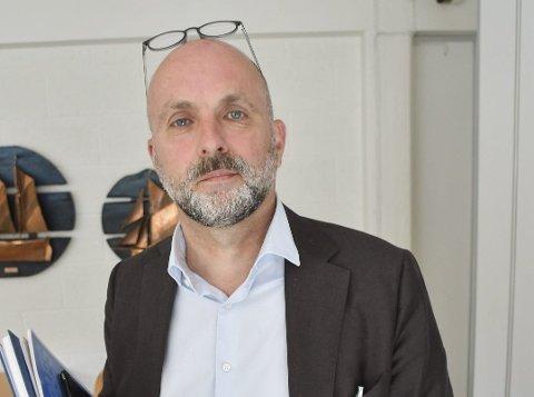 Rådmann Jarle Bjørn Hanken presenterte torsdag morgen den nye organisasjonen for de ansatte i Tvedestrand kommune.
