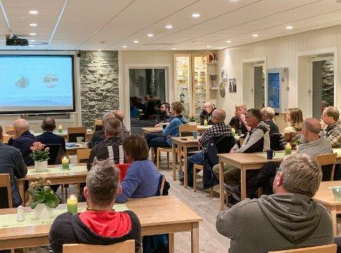 FIBERUTBYGGING: Tysdag var det informasjonsmøte kring fiberutbygging i Vang det neste året.