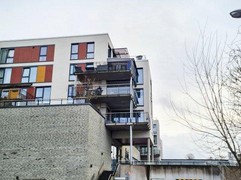 I toppen av denne bygningen ligger Vestoppfaret 18.