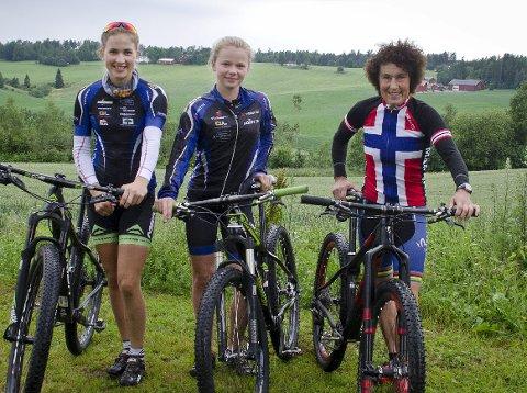 Raskest i landet: Thea Siggerud (17), Guro Tubaas Glende (14) og Gjertrud Bø (54) vant alle sin klasse under Norgesmesterskapet i Svelvik i Vestfold. foto: Åsmund A. Løvdal