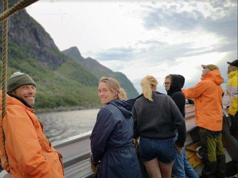 På bildet ser vi fra venstre: Knut Olav Wågsås, Frida voigt de Klauman, Stina Linholm, Trude Berge Ottersen, Idar Kristensen og Nils Jacob Hunstad. Alle har de tidligere deltatt i militære operasjoner i utlandet.