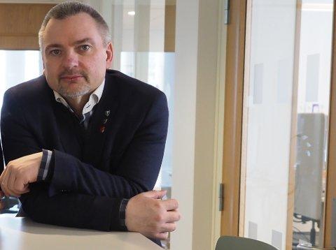 TENKE NYTT: – I en ny kommune må det være lov til å tenke nye tanker, og kanskje vurdere nye løsninger, sier rådmann Lars Skjønnås.