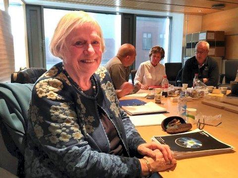 SISTE MØTE: Ingrid Willoch ledet sitt siste politiske møte som leder i kontrollutvalget i Fredrikstad i april 2017. Torsdag døde hun, 74 år gammel.