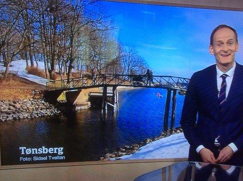 HALLO?! Dette lignet da ikke på Tønsberg? Statsmeteorolog Terje Alsvik Walløe legger seg flat.
