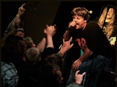 Her fra en Ingenting-konsert på Bokken i 2008.