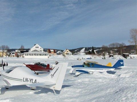 KLAGER: Fly-In Lillehammer har fått avslag på søknad om flystripe på mjøsisen de neste vintersesongene.