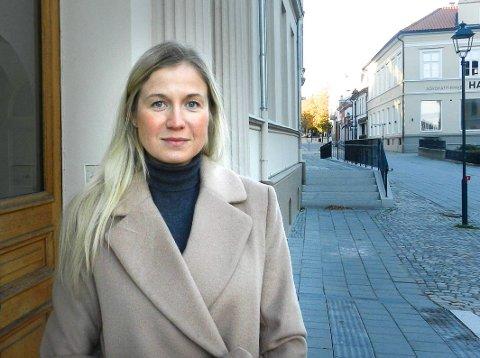 DEBATT OM OS-SAKEN: – Det er helt naturlig og bare sunt med diskusjon. Saken kom opp på årsmøtet i partilaget hvor den ble avvist av flertallet. Det forholder jeg meg til, sier Linn Laupsa, ordførerkandidat for Arbeiderpartiet i Halden, om Os-saken.