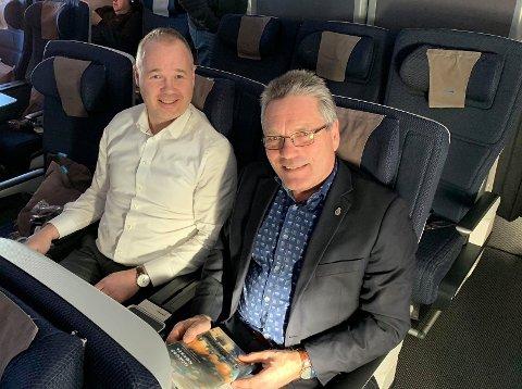 PÅ VEI TIL CHILE: Martin Vik, kommunikasjonssjef i Halden kommune, og ordfører Thor Edquist er på vei til Chile hvor de av Innovasjon Norge er blitt invitert til å delta på en Smart City-messe i Santiago.
