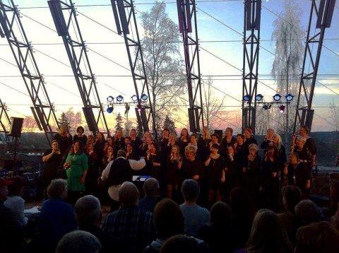 STEMNING: Det var en hyggelig stemning da Siri'us holdt konsert i Hamardomen i mai.