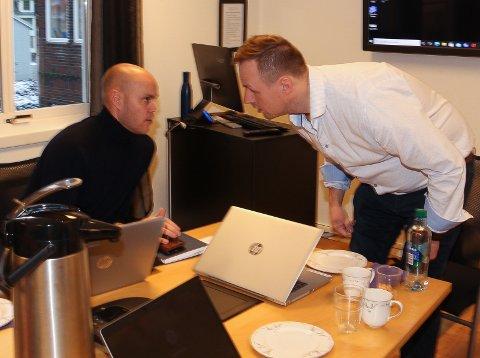 Espen Isaksen (t.v) og  Rune Krutå er henholdsvis administrerende direktør og styreleder i MON: