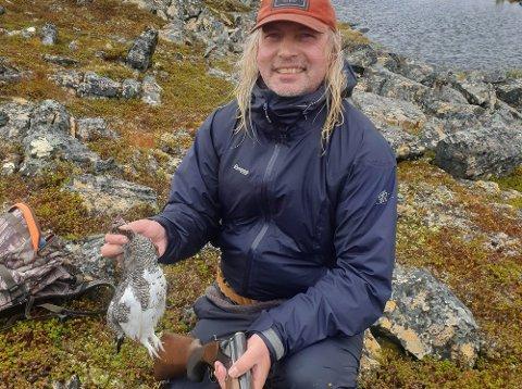 FORNØYD: Ordfører i Gamvik kommune, Alf Normann Hansen (SV), har sett litt litt fugler på de to første jaktturene denne sesongen.