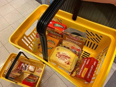 SPARER MYE: Det er mye penger å spare på å velge riktig pakning når du handler mat i butikken.  Foto: Nina Lorvik (Mediehuset Nettavisen)