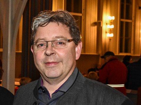 Rune Natrud (53) slutter som inspektør og assisterende rektor på Bråte. Etter sommerferien begynner han i ny jobb.