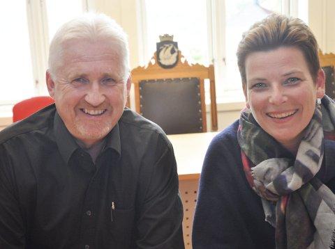 ROSER: De lokale «regjeringspolitikerne» Reidar Skoglund og Henriette Fluer Vikre er svært glade for tildelingen fra regjeringen.