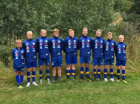 Gutane til Halsnøy har imponert og vunne alle sine kampar så langt. No er dei klare for semifinale. (Foto: Christine Solheim)