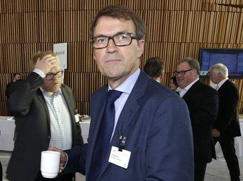 Styreleder Eivind Reiten og de andre i Kongsberg Gruppens styre legger fram forslag om kapitalforhøyelse på en ekstraordinær generalforsamling 2. november.