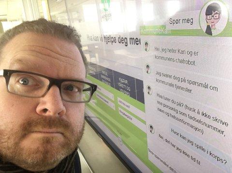Hæ? Journalist Eigil Kittang Ramstad har blitt kjent med Kommune-Kari, den nye hjelperen hos Kongsberg kommune. Noen svar blir han ikke helt klok på...