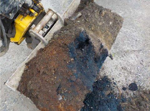 GIFTIG: Her blir det oppdaget mengder av det giftige stoffet cyanid i grunnen i Svelleveien i Lillestrøm. Foto: RAMBØLL