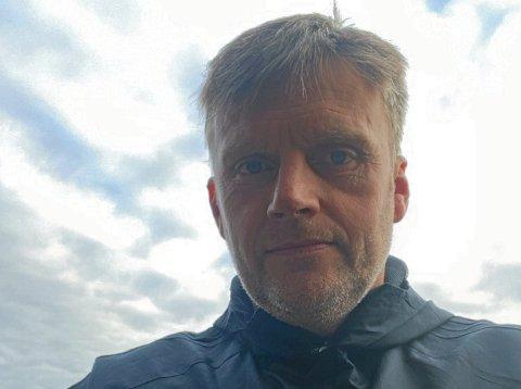EGENTRENING: Idrettslærer ved Olav Duun videregående, Ivar Saugen, mener egentrening er faktoren som skiller fotballspillerne som satser og dem som er med for moro.