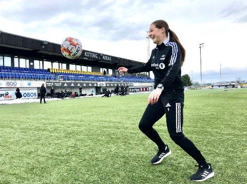 IKKE SPILLEKLAR: - Jeg skulle gjerne vært en del av troppen som møter Stabæk, sier Elen Sagmo Melhus. Hun håper og tror hun kan være en viktig bidragsyter for RBK kvinner utover høsten.