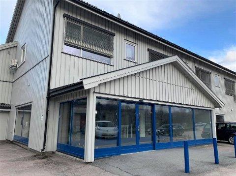 SOLGT: Bygget som tidligere huset Rema 1000 i Brandbu er nå solgt.