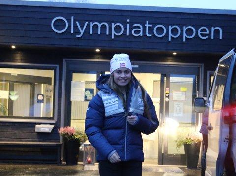 NYTT STED, NY BEGIVENHET: Hanne Midtsundstad skal fredag konkurrere for første gang i Ramsau i det første verdenscuprenneet noensinne.