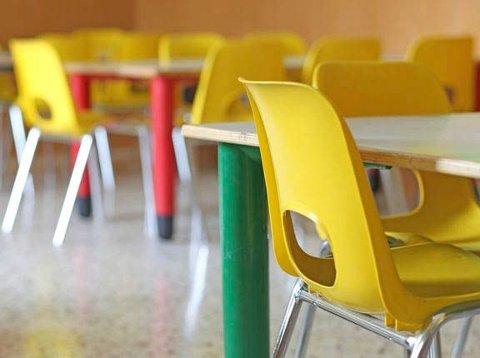 FORELDRE SLIPPER: Regjeringen har i dag besluttet at foreldre ikke skal betale for barnehageplass og SFO-plasser som koronatiltakene hindrer dem i å benytte. Foto: Mostphotos
