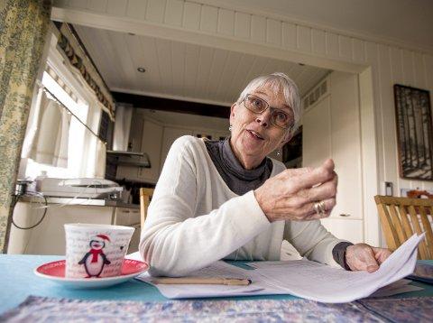 KRITISK: Jorun Aaland (71) sier hun forsøker å glemme den vanskelige tiden. Det var vanskelig med så mange pleiere innom hjemmet deres, hvor mange verken var godt nok kvalifisert eller var klar over hva som var vedtatt for henne og mannen. FOTO: TOM GUSTAVSEN