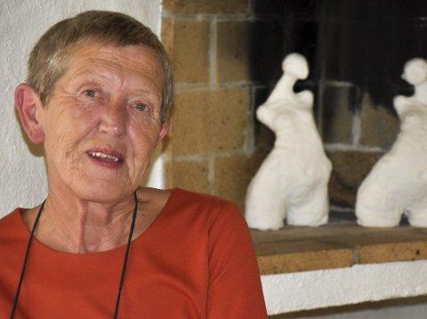 Kreftfri:Tove Smaadahl (63) siterer Åge Aleksandersns «Det er min dag i dag» for å forklare hvor lettet og glad hun er etter kreftoperasjonen. Nå er hun i full jobb igjen på Krisesentersekreteriatet.