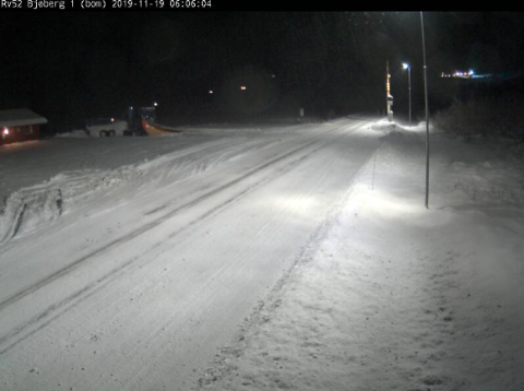 HEMSEDALSFJELLET: Slik ser det ut på Hemsedalsfjellet ved Bjøberg tysdag morgon. (Foto: Statens vegvesen sitt webkamera)