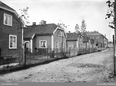 BJørnstjerne Bjørnsonsgate i Grønbyen. 1910 Foto: Georg Kjellerød /  Østfold fylkes billedarkiv.