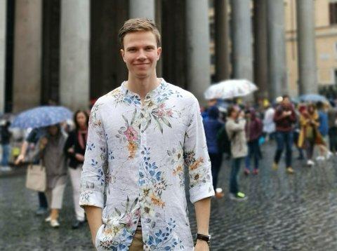 FRIHET: Lektorstudenten Ola Kroken vil å ha ti millioner kroner på konto innen han er 30 år gammel.