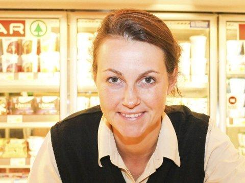 SKIFTER BEITE: Selv om Johanne Raiborg slutter som kjøpmann på Spar Tjøme, skal hun fortsette å jobbe innen dagligvarebransjen. Foto: Arkiv