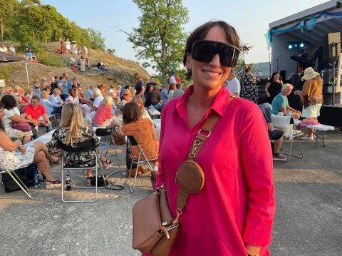 Anne Kjersti Bjerka Aas gledet seg stort til konserten med Magnus Grønneberg, og hun kunne opplyse om at hun er kjempefan av ham.