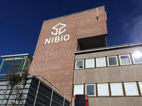 TESTER ALLE: På grunn av mange tilfeller av koronasmittet ved NIBIO, anbefaler kommuneoverlegen nå at alle som ikke har hjemmekontor om å teste seg.