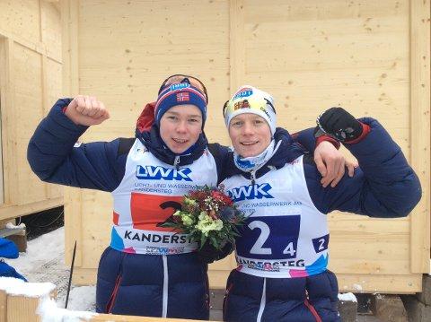 BRØDRE: Jens (t.v) Lurås Oftebro er foran Magnus Moan etter hoppdelen av kombinertrennet i Granåsen. Broren Einar Lurås Oftebro deltar også.