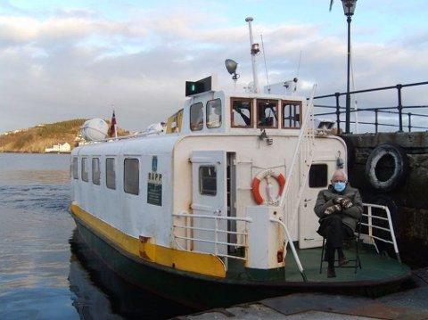 På kaia: Sundbåten er sagt å være verdens nest eldste offentlige kommunikasjonsmiddel, etter trikkene i San Francisco. Nå også med Bernie Sanders
