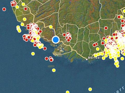 LYN OG TORDEN: Slik var lyn-aktiviteten i regionen ved 21-tiden.