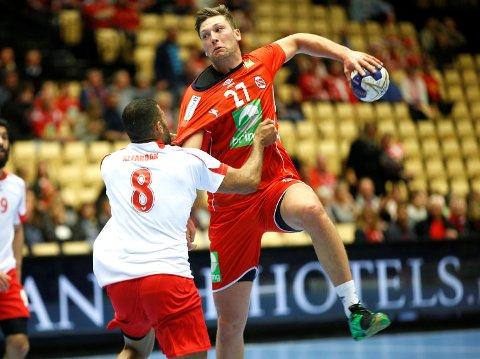 Harald Reinkind er tilbake for Norge, som skal til EM i Kroatia i januar. Her fra en OL-kvalifiseringskamp mot Bahrain i fjor.