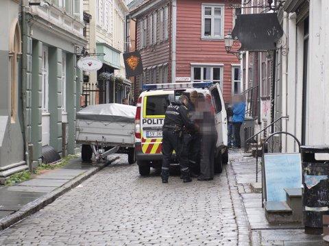Bergen kommer ikke til å lykkes i å stanse forslummingen av det historiske sentrum i Vågsbunnen og nedre del av Fjellet, mener Kaj Skagen.